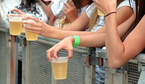 Bebidas-na-adolecencia